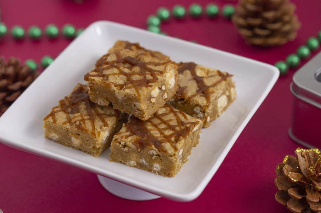 How to make salted caramel blondies